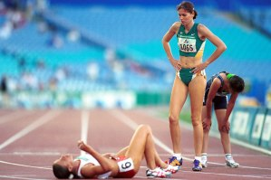 Patricia Flavel (AUS) finish line Athletics 2000 Sydney PG
